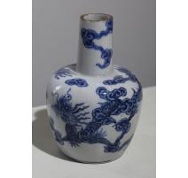 Vase boule en porcelaine bleu blanc