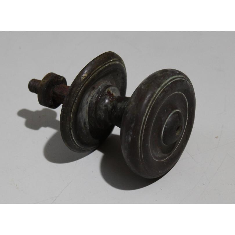 poign e de porte ronde en bronze moinat sa antiquit s. Black Bedroom Furniture Sets. Home Design Ideas