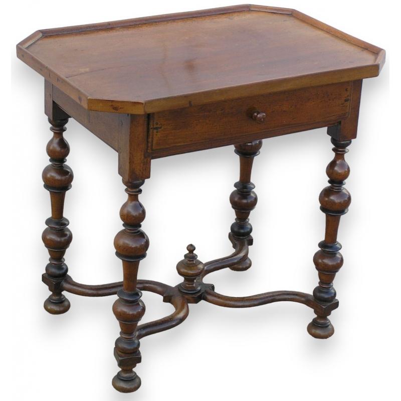 petite table louis xiii sur moinat sa antiquit s d coration. Black Bedroom Furniture Sets. Home Design Ideas
