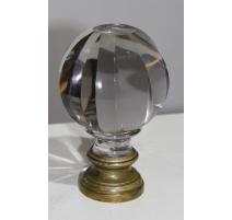 Boule d'escalier en cristal sur pied en bronze