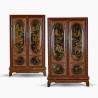 Paire d'armoires chinoises sur socle