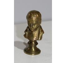 Petit buste de Napoléon en bronze