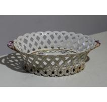 Corbeille ajourée en porcelaine de Nyon