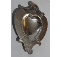 Coupe en forme de coeur en argent