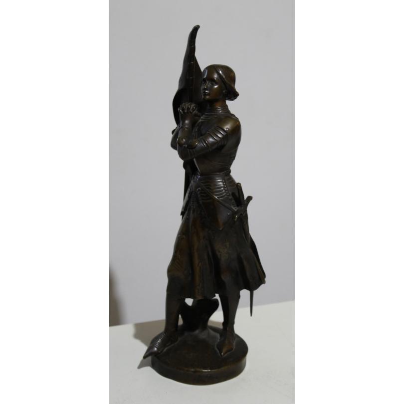Jeanne d'Arc en bronze signé Ch. DESVERGNES