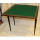 Table à jeux en acajou avec échiquier marqueté