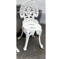 Chaise en fonte d'aluminium blanche