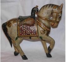 Cheval en bois peint monté par une oie
