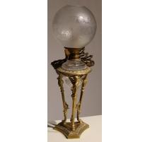 Lampe Napoléon III en bronze avec coupe en cristal
