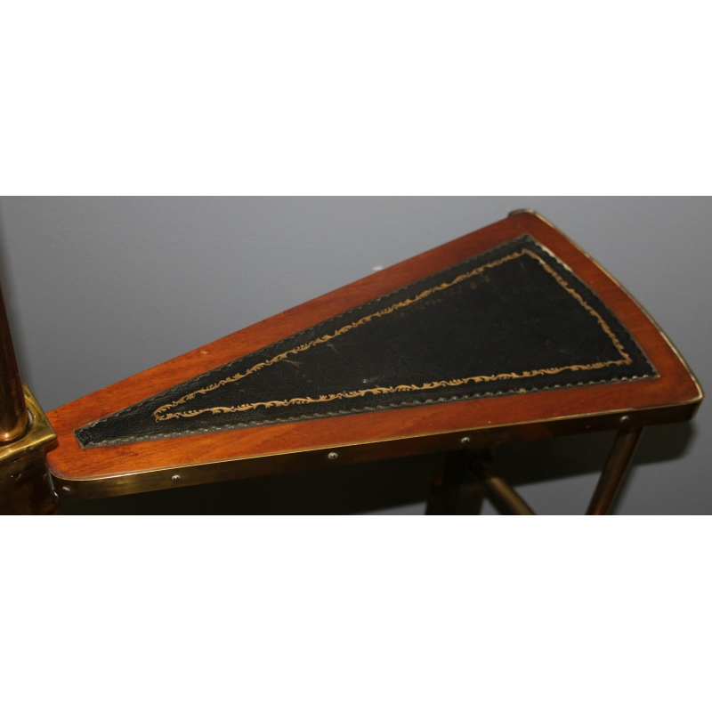 Escalier tournant en laiton, bois et cuir noir - Moinat SA ...