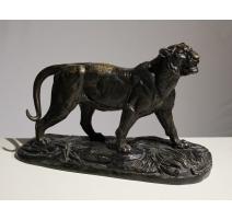 """Bronze """"Tigre marchant"""" signé E. DELABRIERRE"""