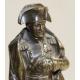 Bronze Napoléon sur un piédestal en fonte