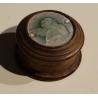 Petite boite ronde en bois avec médaillon en nacre