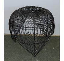 Tabouret en rotin et métal peint noir