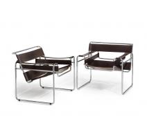 Paire de fauteuils WASSILY en cuir brun