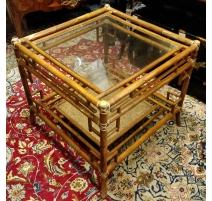 Bout de canapé en rotin et bambou, dessus verre