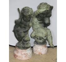 Paire de Puttos en bronze socles en marbre
