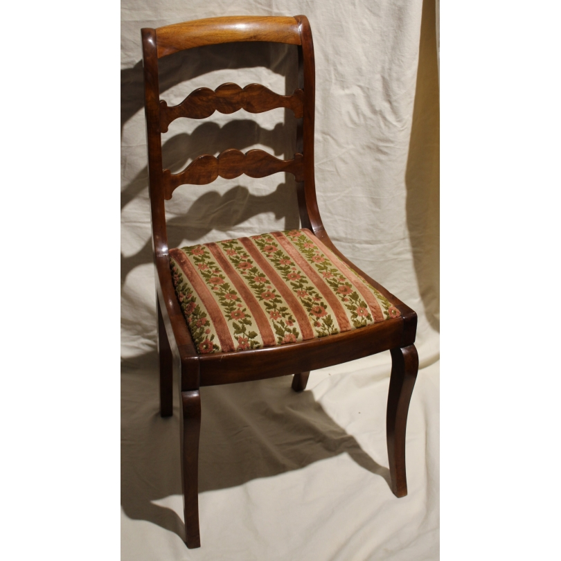 Série de 6 chaises Louis-Philippe.