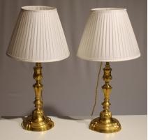 Paire de bougeoirs Louis XV montés en lampe