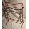 Porte-linges en bois tourné laqué rose