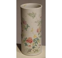 Vase tube en porcelaine décor fleurs