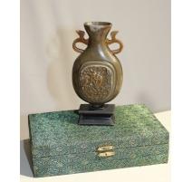 Petit Vase en pierre dure