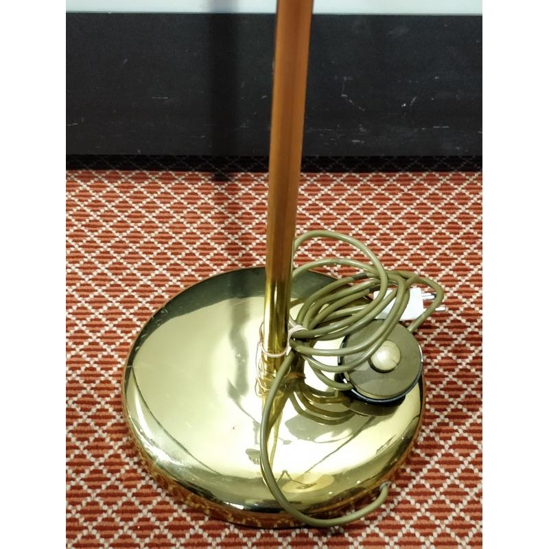 lampe en laiton abat jour beige moinat sa antiquit s. Black Bedroom Furniture Sets. Home Design Ideas