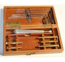 Boite d'outils médicaux par KIRURGISKA Instrument
