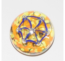 Sulfure hexagone bleu, fond jaune