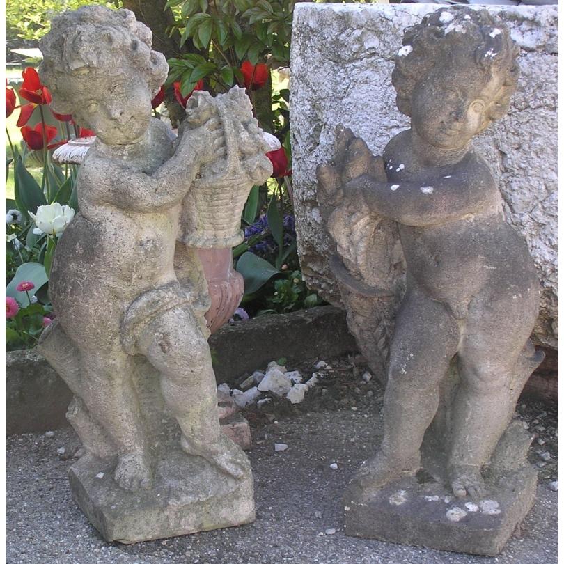 Paire de statuettes.