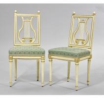 Paire de chaises Louis XVI dossier lyre