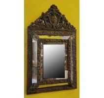 Miroir Napoléon III en laiton repoussé