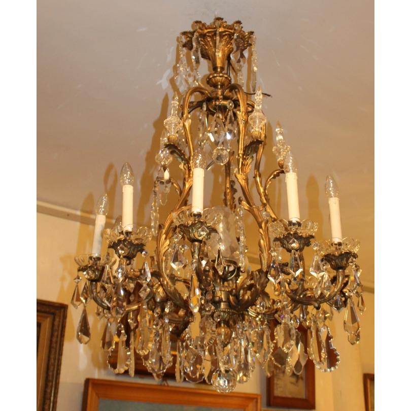 Grand lustre style Louis XV en bronze doré