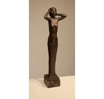 "Bronze ""Femme"" signé R. DEVANTHÉRY"