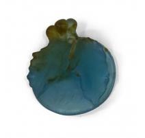 Pendentif en verre bleu signature fleurie  DAUM