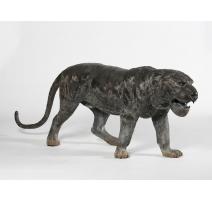 Tigre marchant en bronze