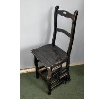 Chaise-escabelle en bois peint noir