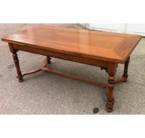 Table style Louis XIII en noyer