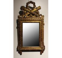 Miroir Louis XVI, fronton sculpté carquois