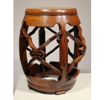 Tabouret chinois en bois de fer sculpté