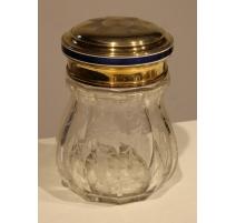Boite en cristal gravé et couvercle vermeil