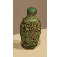 Snuff bottle en grès vert