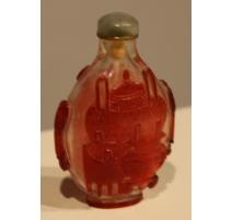 Snuff bottle en verre de canton rouge