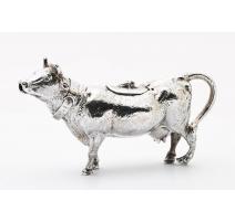 Crémier en forme de vache en argent 925