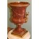 Vase en marbre brun avec bronzes dorés