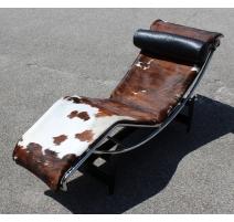 Chaise longue LC4 par Le Corbusier
