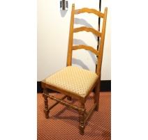 Suite de 6 chaises style Louis XIII