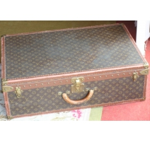 VUITTON suitcase.