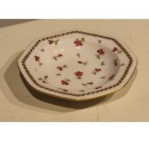 Plat octogonal en porcelaine de Nyon par RH