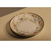 Sous-tasse en porcelaine de Furstenberg